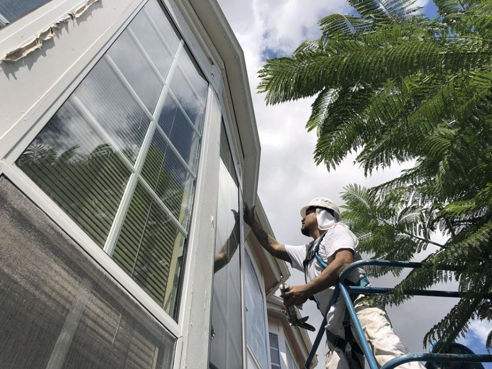 commercial contractor in Hollywood